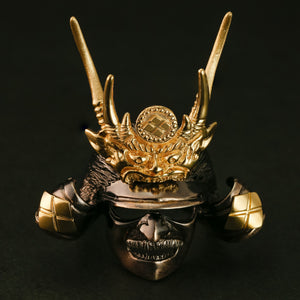 "SILVER SAMURAI RING with 18KARAT GOLD EMBLEM (14-2352)    <p><strong><span style=""color: #ff0000;"">FREE SHIPPING</span></strong></p>"
