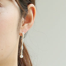 Load image into Gallery viewer, Silver925 Akoya Pearl Earrings (96-8015)-Earring-Jewels Japan
