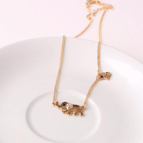 Cute Elephants Crystal Necklace - Cherry & Oak
