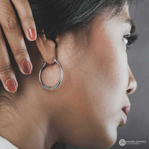 Emas Perak Hoop Earrings in Sterling Silver