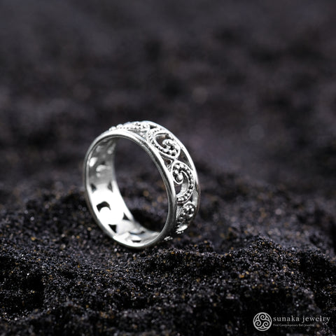 Ombak Segara Band Ring (small) in Sterling Silver