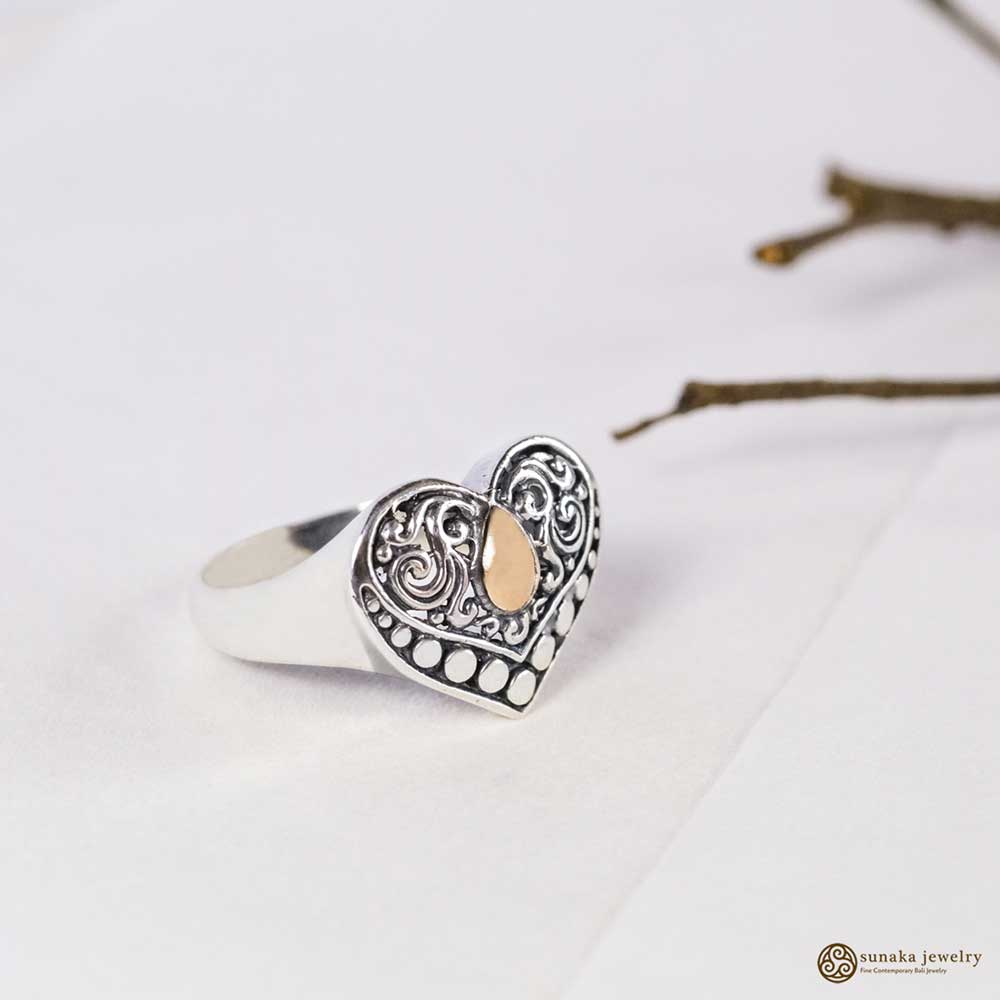 Emas Perak Heart Shape Ring in Sterling Silver