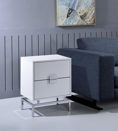Lydia White End Table - Luna Furniture