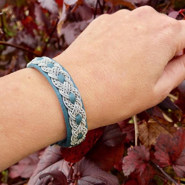 Julevu bracelet for women Sami bracelet Lapland bracelet reindeer leather
