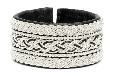 Exclusive Swedish bracelet by Julevu. Exclusive Sami style bracelet.