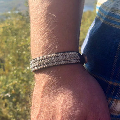 Men's Sami bracelet with pewter, Julevu handmade. Julevu men's Sami bracelet men's leather bracelet Lappland
