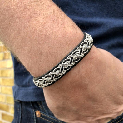 Men's bracelet in reindeer leather by Julevu. Sami bracelet for men.