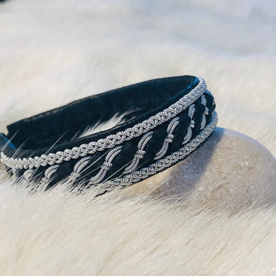 Sami bracelet from Lapland reindeer leather antler button pewter embroidery julevu.com