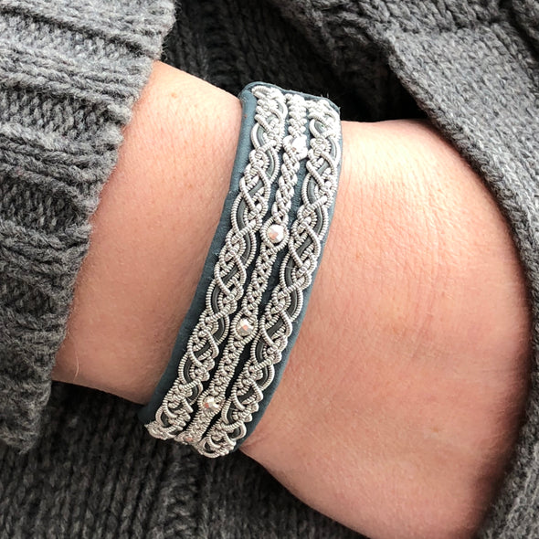 Women's sami bracelet by Julevu from Swedish Lapland. Handmade jewellry from Scandinavia.