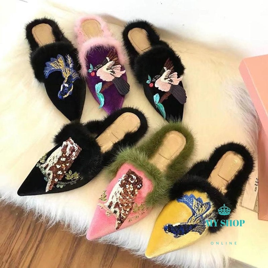 Embroidered Fur Slipper Woman Pointed Toe Sequins Flats Retro Muller Shoes Women Fashion Luxury