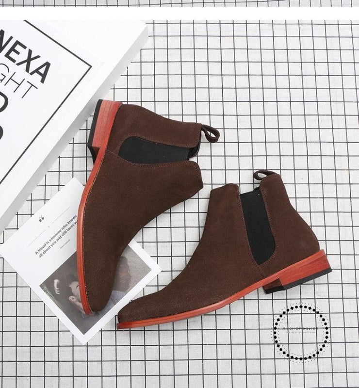 Winter New British Mens Chelsea Boots Beige Black Short Ankle Man Trending Casual Shoes Patent
