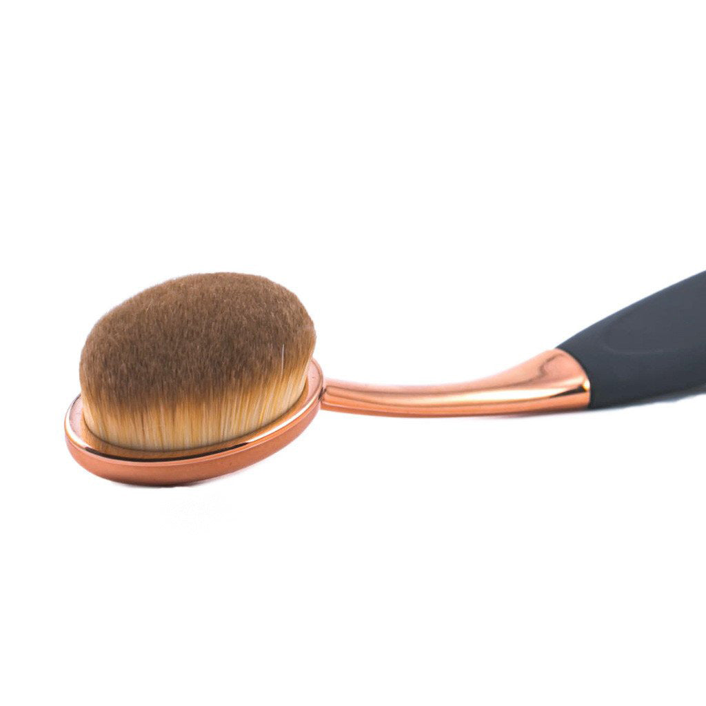 Heartbreak Mini HD Foundation Brush