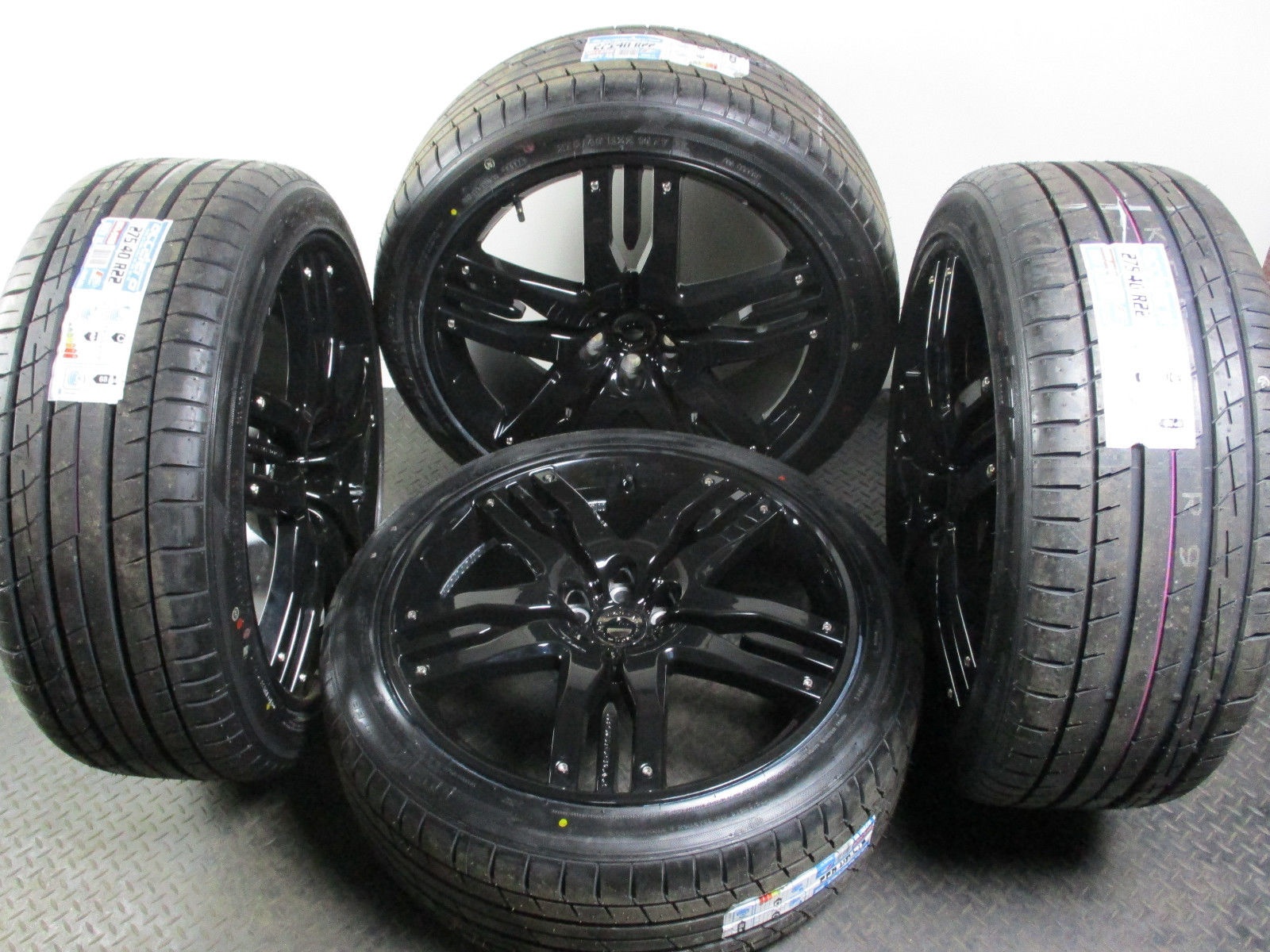 Overfinch Olympus 22 Inch Range Rover Alloy Wheels Piano Gloss Black With Tyres