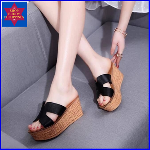 Madel Wedge Sandals