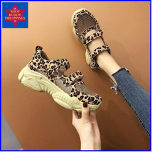 Load image into Gallery viewer, Maybelle Leopard Sandals