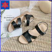 Load image into Gallery viewer, Sylvia Leather Sandals