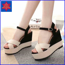 Load image into Gallery viewer, Myla Wedge Sandals