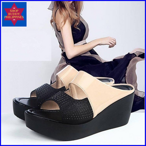 Rorry Wedge Sandals