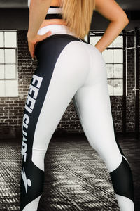 Feelshape Attitude Black and White Naisten Legginsit