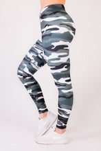 Feelshape Gray Camo Naisten Legginsit