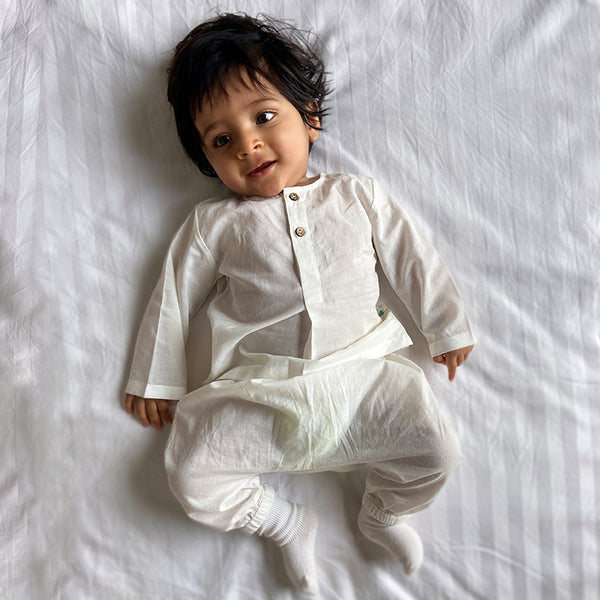 Apparel, Baby clothing, Infantwear, Newborn clothing. Organic Baby Clothing, Newborn Gift Set, sustainable baby, conscious clothing, baby kurta pajamas, baby angrakha, whitewater kids