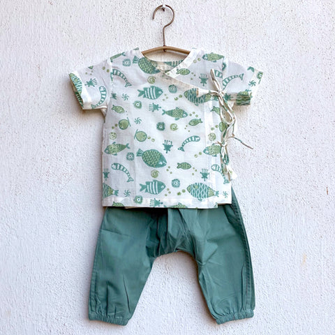 Apparel, Baby clothing, Infantwear, Newborn clothing. Organic Baby Clothing, Newborn Gift Set, sustainable baby, conscious clothing, baby kurta pajamas, baby angrakha, whitewater kids, 0-3 months, newborn baby clothes,