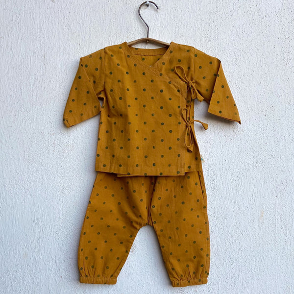 organic cotton, 100% organic cotton clothing for babies, organic baby clothes online, organic cotton baby clothes, organic children clothing, azo-free clothes, comfortable organic baby clothes, unisex baby clothing, newborn unisex clothes, newborn jhablas, newborn angrakha pyjama pajamas online, baby organic clothes online shopping, newborn organic clothes online, infant clothes, whitewaterkids, newborn gift, baby top bottom sets, best organic baby brand india, 0-3 months, 3-6 months