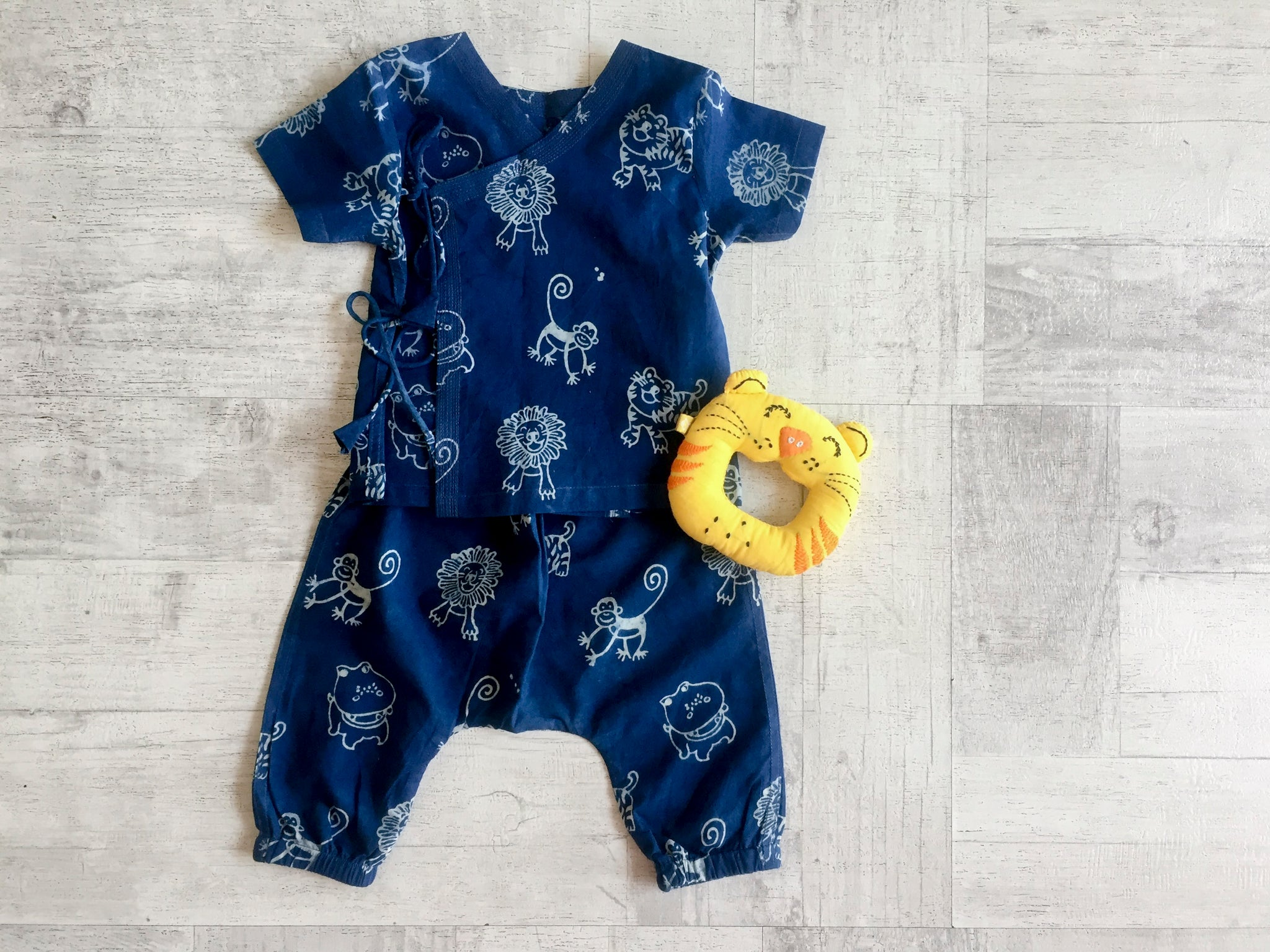 Zoo Bag - Angarakha, Pyjama Pants and Teether Set - Whitewater