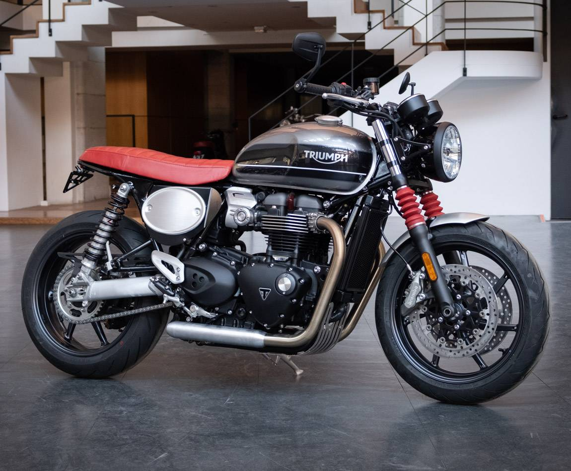 BAAK - Side Number plate assy for 2016 liquid-cooled Triumphs