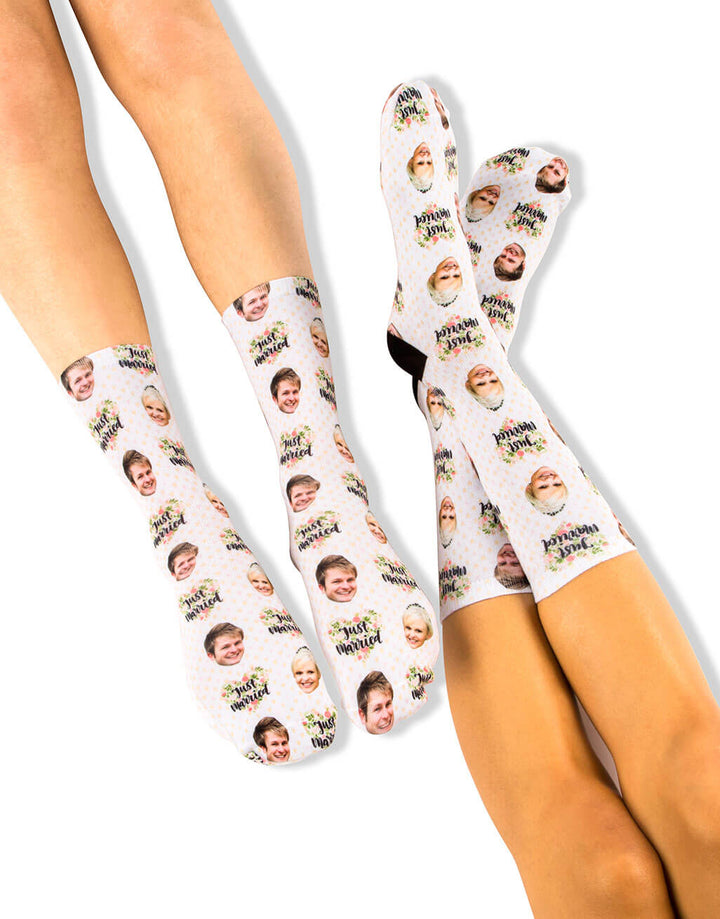 Just Married Socks Set