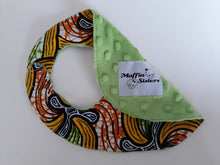 Load image into Gallery viewer, African baby bib with velcro fastening - Muffin Sisters