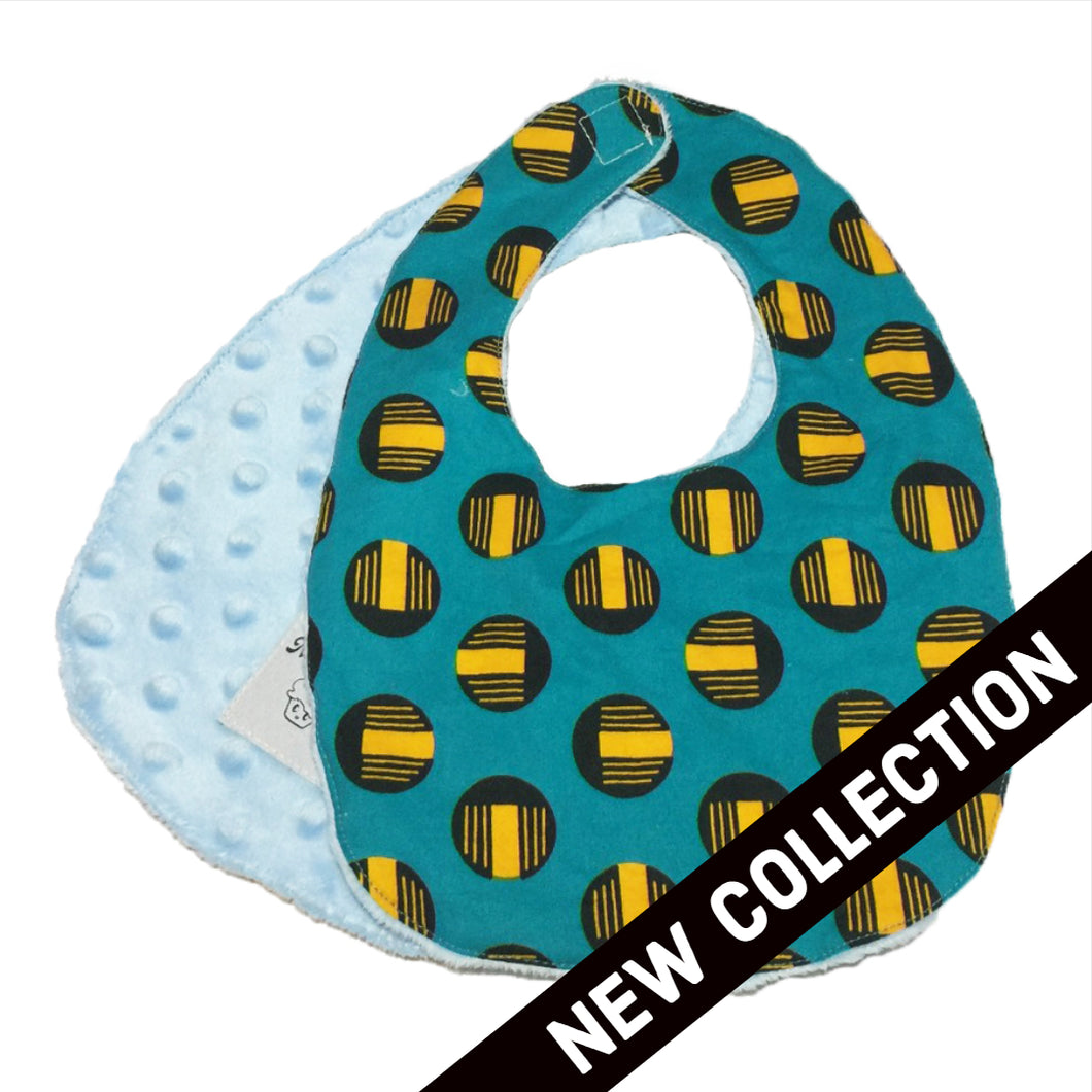 Oboto | African ankara print baby bib with velcro fastening - Muffin Sisters
