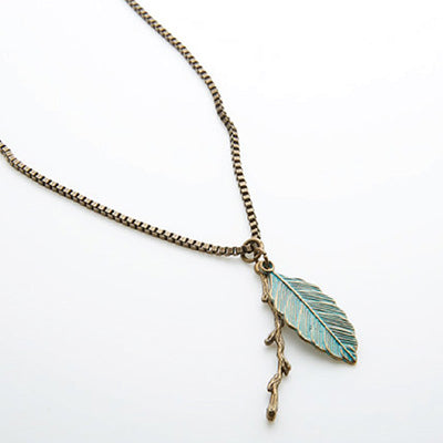 Dreamer Feather Pendant