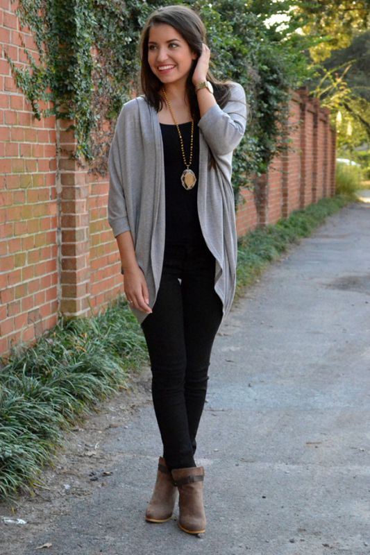 Cardigan outfits Camouflage with dark colors