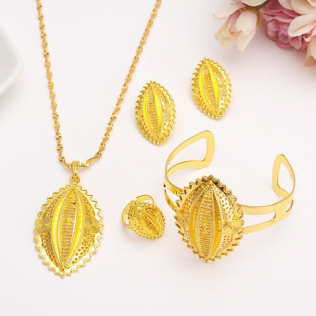 Traditional Jewelry Set