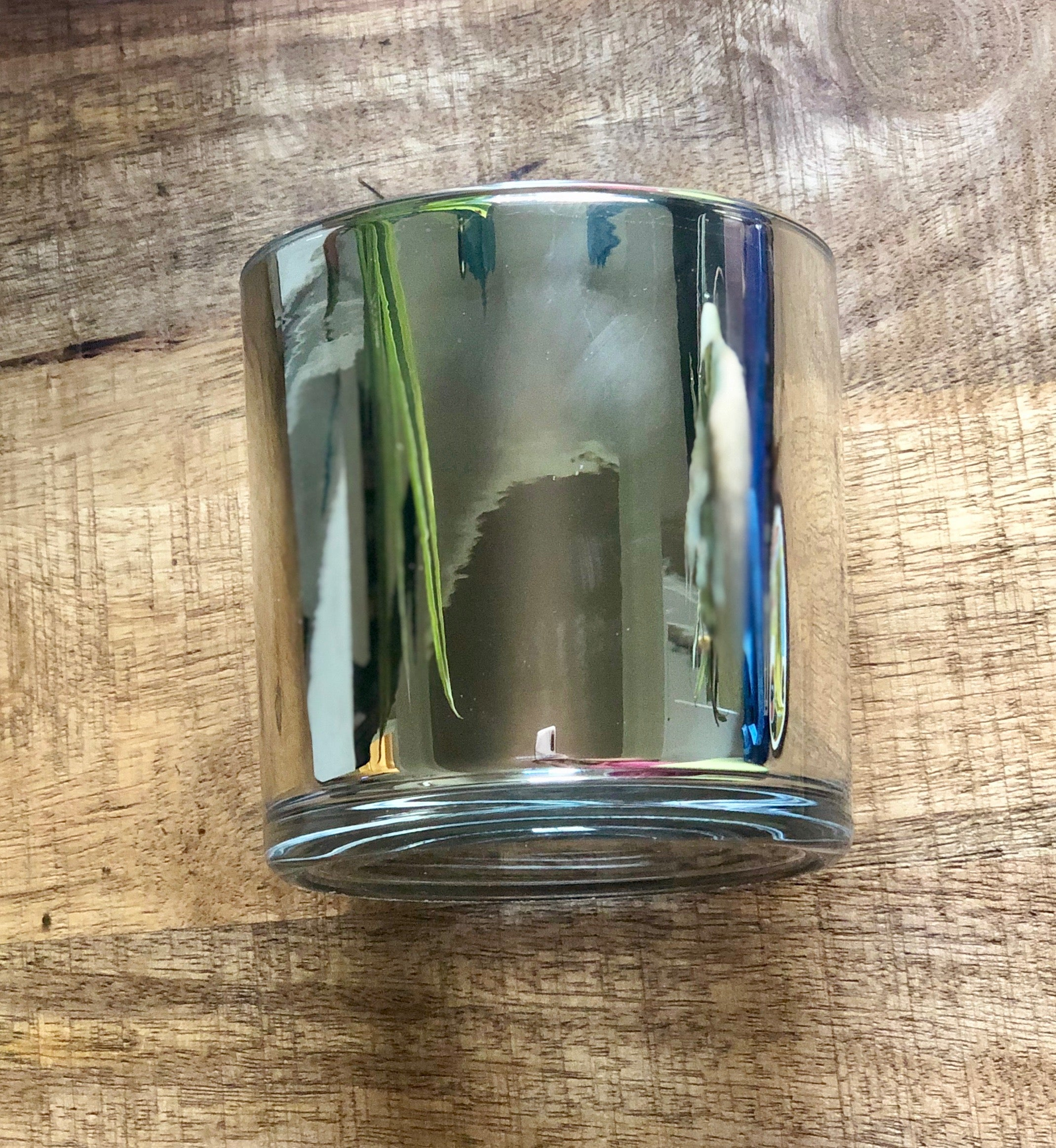 SouLuxe 14 oz. Chrome Container Candle with Silver Lid