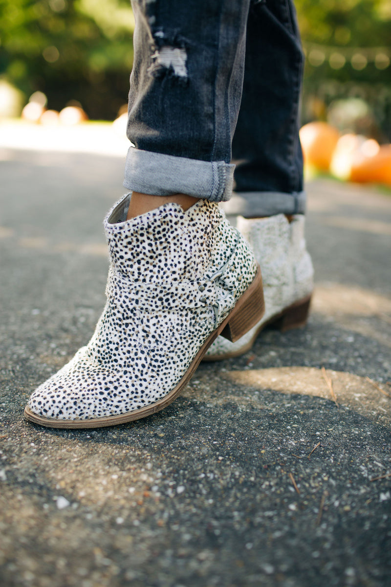 The Amber Beige Bootie