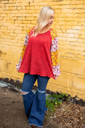 Pretty Heart Knit Top - West Avenue