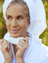 Load image into Gallery viewer, 2-in-1 Purifying Facial Mask and Exfoliator