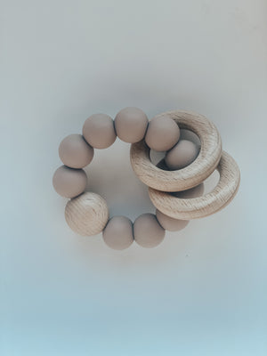 Silicone & Beech Teething Ring in Shadow