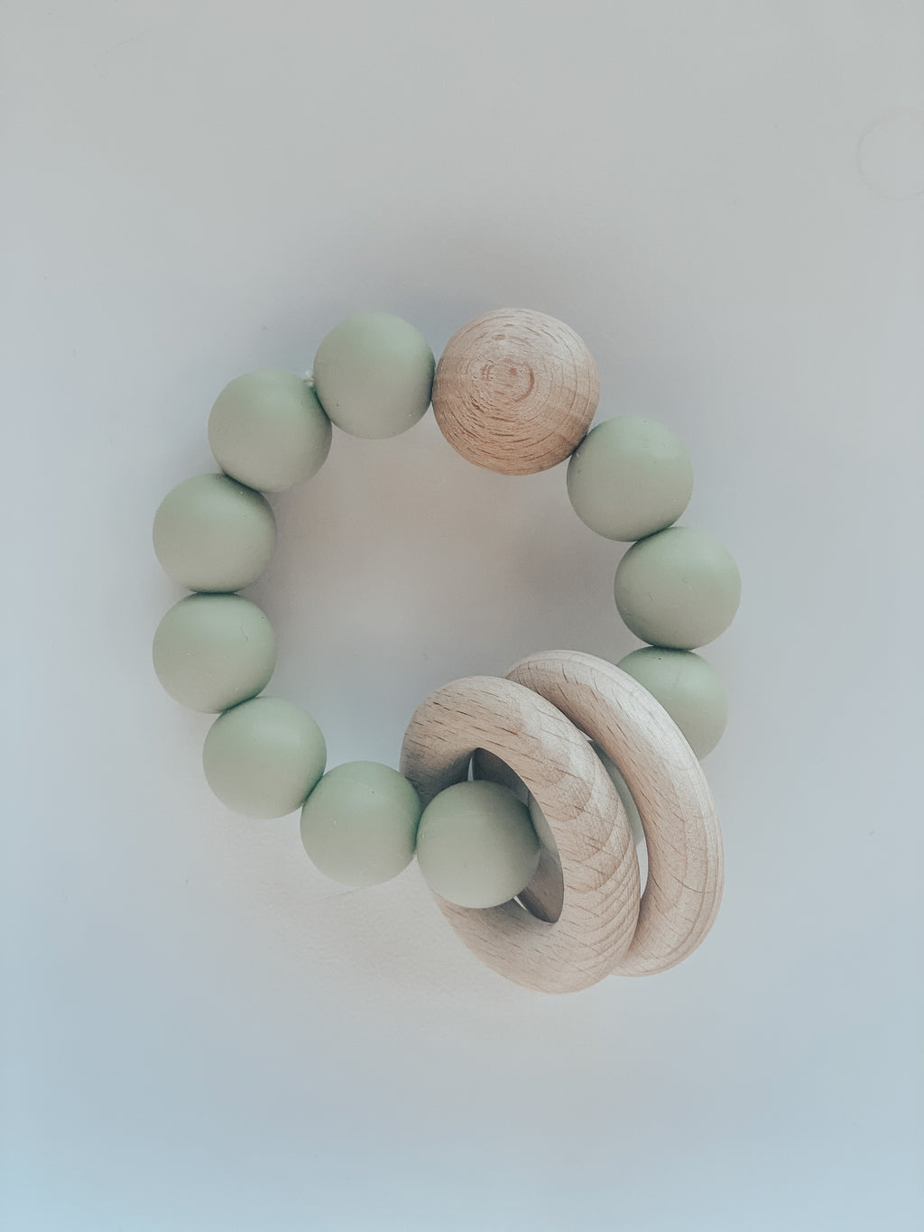 Silicone & Beech Teething Ring in Matcha