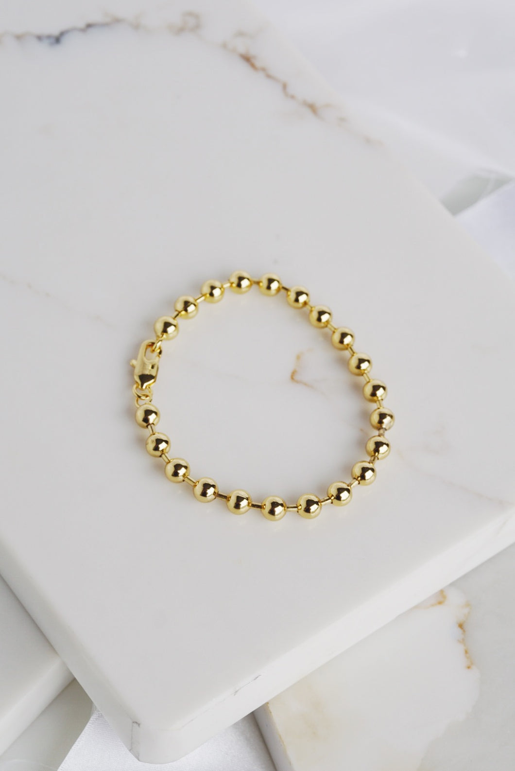NAOMI Ball Chain Bracelet Gold