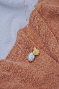 MELODY Pearl Seashell Long Necklace Gold