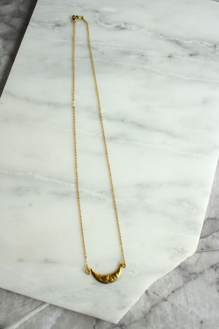LUNA Crescent Necklace Gold Plated