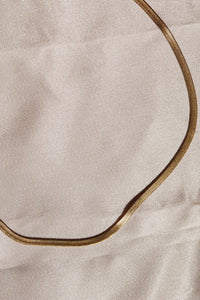 FAYE Herringbone Chain Choker Necklace Gold