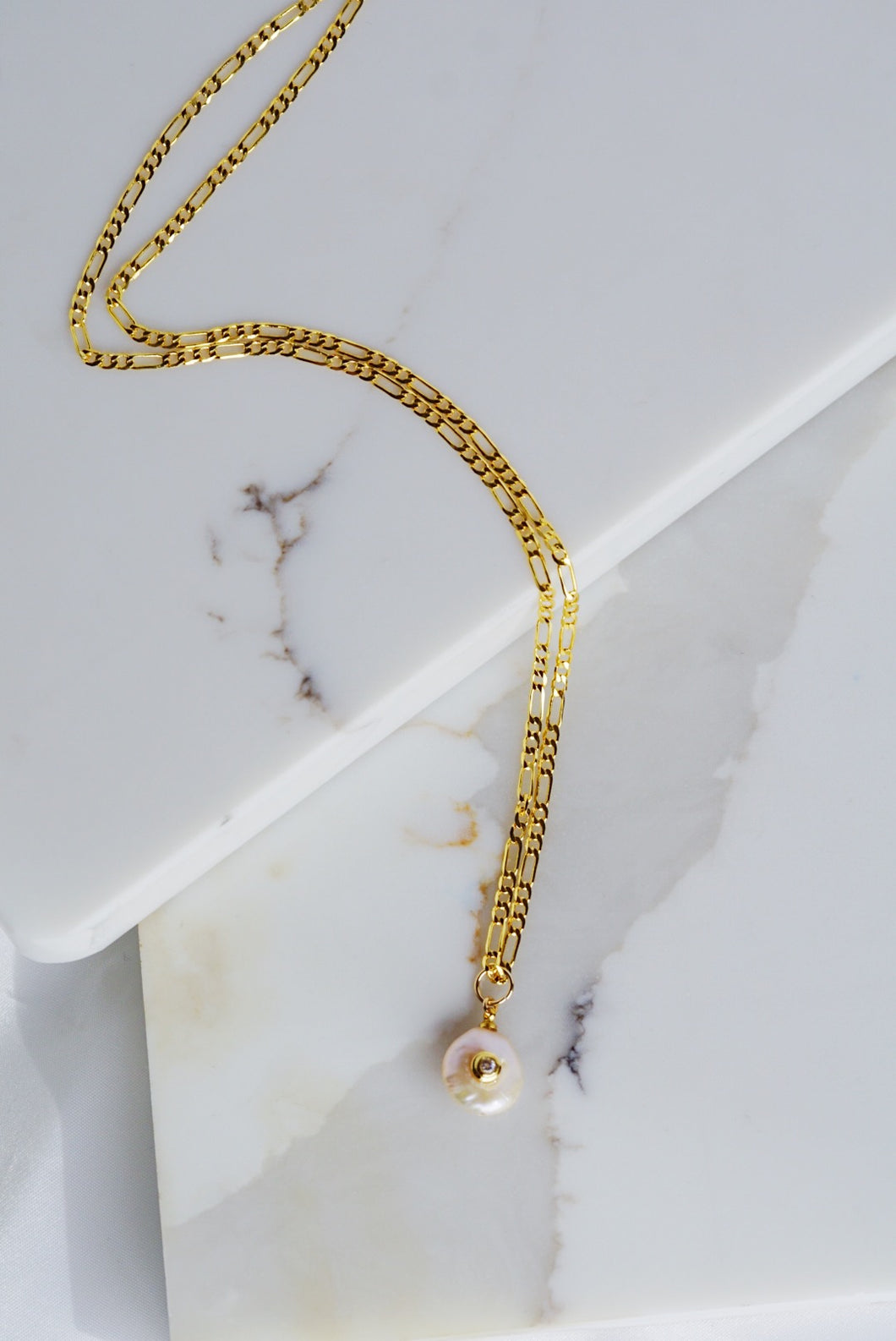 ARIA Figaro Chain Necklace with Pearl Pendant Gold