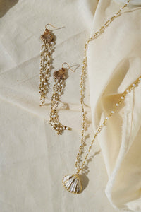 ARIEL Seashell & Pearl Long Necklace