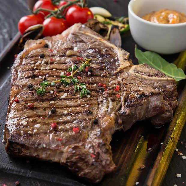 T-bone Steak - Meat House Panama