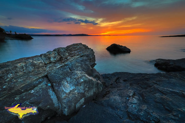 Michigan Landscape Photography Amazing Sunset On Black Rocks Of Presque Isle Park Marquette