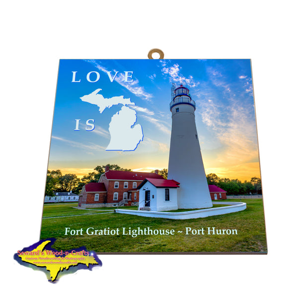 Fort Gratiot Lighthouse Port Huron -0014 Beautiful Michigan Wall Art